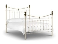 Remi Bedstead White